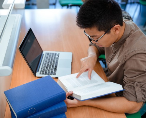 GMAT Reading Comprehension: Style, Tone & Main Idea
